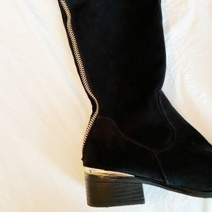 flat thigh high boots in black